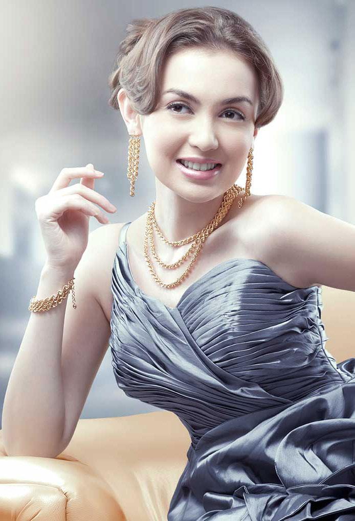 HWT-Jewellery-Rianti-Juni2012
