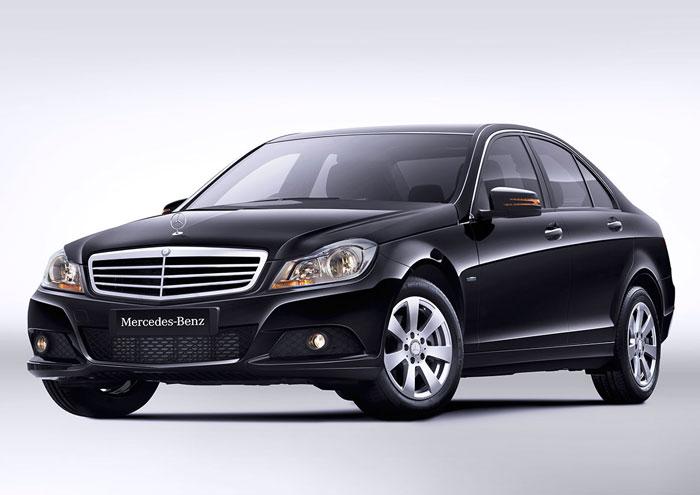 Mercedes-C-Class-009